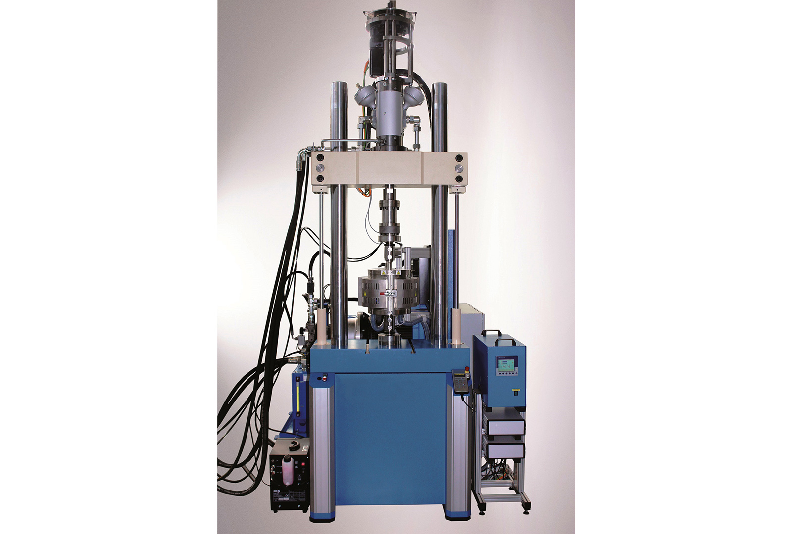 Dynamic Servo Hydraulic Fatigue Testing Machines